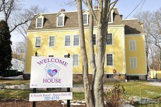 welcomehouseWsign